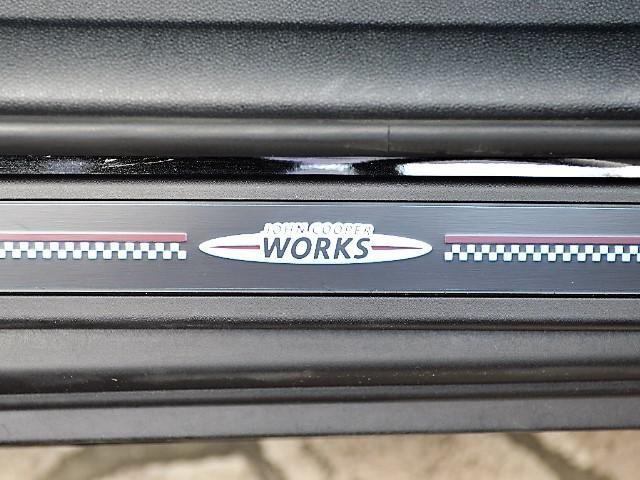 ジョンクーパーワークス クロスオーバー 認定中古車 ワンオーナー 地デジ ハーマンカードンオーディオ タッチ式HDDナビ LEDヘッドライト バックカメラ シートヒーター 19インチAW ドラレコ(55枚目)