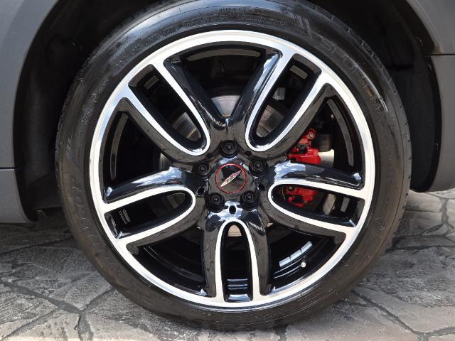 ジョンクーパーワークス クロスオーバー 認定中古車 ワンオーナー 地デジ ハーマンカードンオーディオ タッチ式HDDナビ LEDヘッドライト バックカメラ シートヒーター 19インチAW ドラレコ(65枚目)