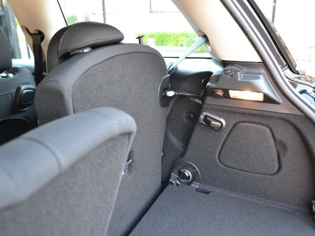 クーパーSD 3ドア 認定中古車 ワンオーナー 地デジ タッチ式HDDナビ LEDヘッドライト バックカメラ SOSコール ACC Dモード Dアシスト 17インチAW ブラックジャックルーフ(22枚目)