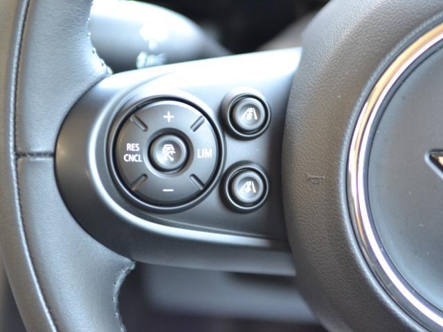クーパーSD 3ドア 認定中古車 ワンオーナー 地デジ タッチ式HDDナビ LEDヘッドライト バックカメラ SOSコール ACC Dモード Dアシスト 17インチAW ブラックジャックルーフ(25枚目)