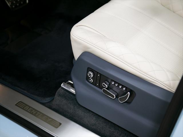 「ベントレー」「ベントレー ベンテイガ」「SUV・クロカン」「東京都」の中古車8