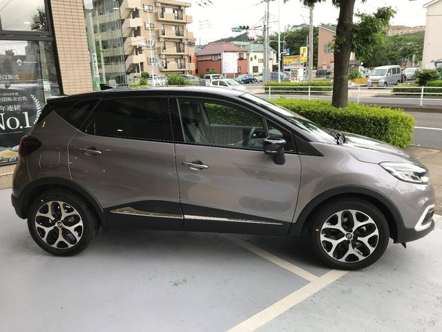 「ルノー」「キャプチャー」「SUV・クロカン」「東京都」の中古車4