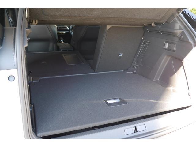 「プジョー」「プジョー 3008」「SUV・クロカン」「神奈川県」の中古車23