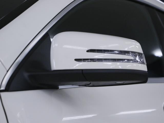 メルセデスの認定中古車サーティファイドカーは最大100項目にも及ぶ点検・整備項目を厳しい基準に適合し充実した設備の工場においてメルセデス・ベンツに精通したサービススタッフが入念に実施した中古車です