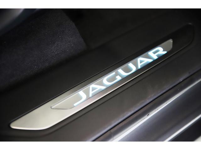 「ジャガー」「ジャガー Fペース」「SUV・クロカン」「埼玉県」の中古車11