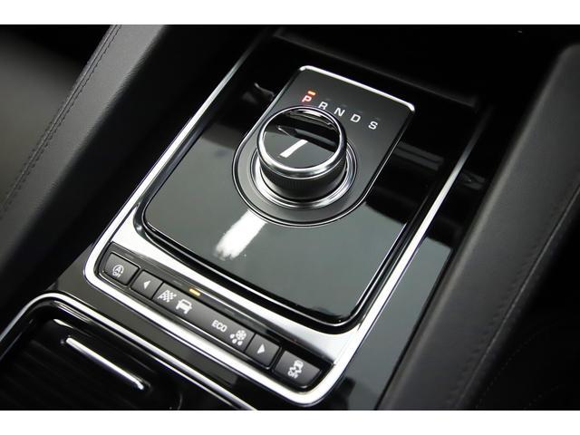 「ジャガー」「ジャガー Fペース」「SUV・クロカン」「埼玉県」の中古車17