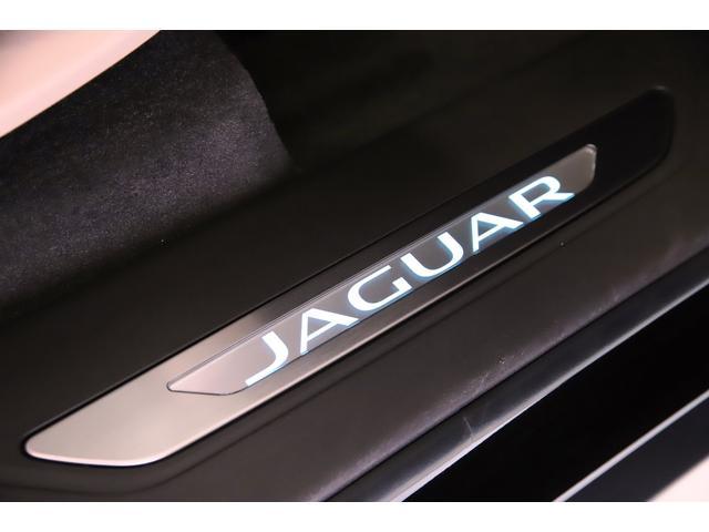 「ジャガー」「ジャガー Fペース」「SUV・クロカン」「東京都」の中古車12