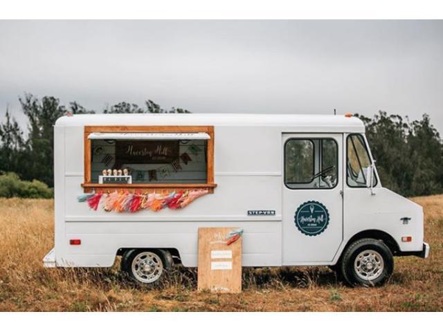 サンフランシスコ近くにある農場のアイスクリーム移動販売車が入庫しました!