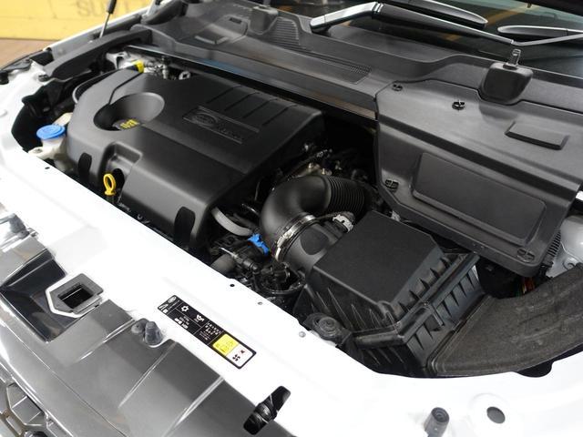 ジャガー・ランドローバーの認定中古車は、「安心」が標準装備です。さらなる安心のため、走行距離無制限の2年保証が標準でついてきます。詳しくは担当営業よりご説明させていただきます。