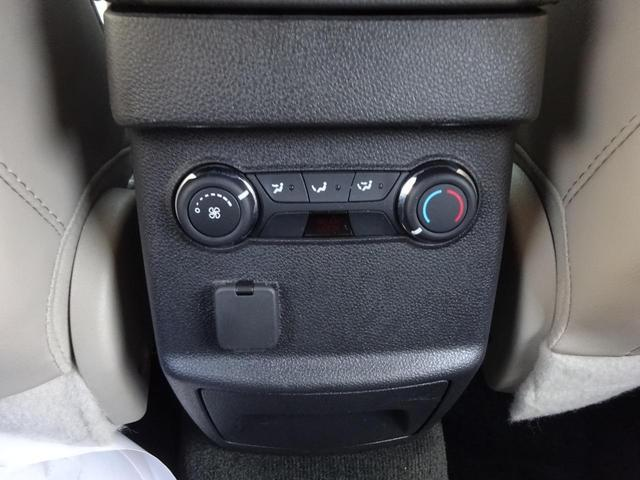「フォード」「フォード エクスプローラー」「SUV・クロカン」「東京都」の中古車33