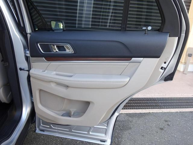 「フォード」「エクスプローラー」「SUV・クロカン」「東京都」の中古車44