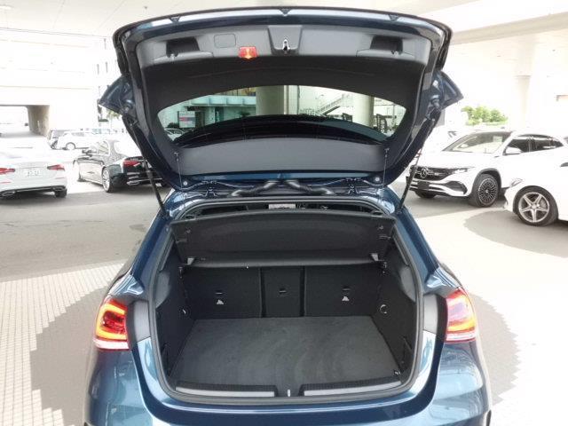A180スタイル レーダーセーフティパッケージ ナビゲーションパッケージ AMGライン AMGレザーエクスクルーシブパッケージ 2年保証 新車保証(5枚目)