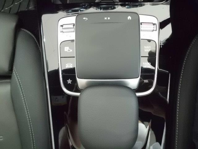 A180スタイル レーダーセーフティパッケージ ナビゲーションパッケージ AMGライン AMGレザーエクスクルーシブパッケージ 2年保証 新車保証(8枚目)
