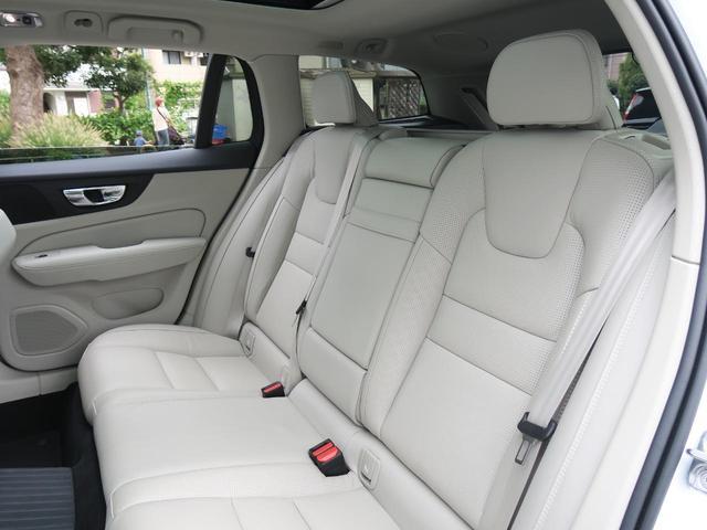 T6 ツインエンジン AWD インスクリプション 認定中古車 プラグインハイブリッド パノラマガラスサンルーフ ナッパレザーシート harman/kardon テーラードダッシュボード オプション19インチアルミ 360度ビューカメラ 1オーナー(12枚目)