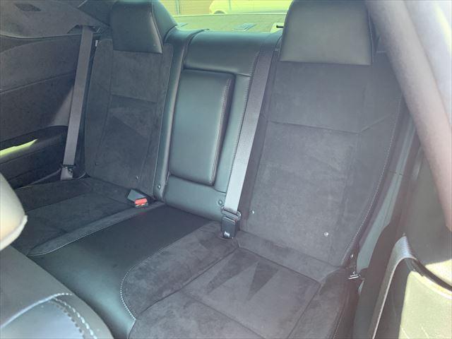 RTスキャットパック ワイドボディ テクノロジーPKG プラスPKG ドライバーコンビニエンスPKG ハーマンカードオーディオシステム シートヒーター&ベンチレーション APPLEカープレイ&アンドロイドオート(11枚目)