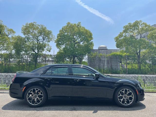 300S 正規ディーラー車 ブラックレザーシート シートヒーター&ベンチレーション アダプティブクルーズコントロール バックカメラ ナビ&地デジ(16枚目)