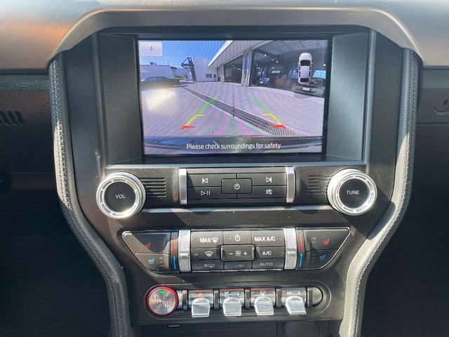 GTプレミアム ブラックレザーシート シートヒーター&ベンチレーション APPLEカープレイ&アンドロイドオート ポニープロジェクションライト 純正18インチAW(9枚目)
