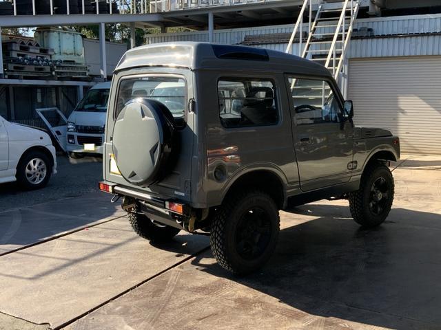 5MT 4WD リフトアップ パノラミックルーフ 16AW(5枚目)