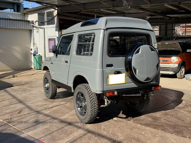 5MT 4WD リフトアップ パノラミックルーフ 16AW(7枚目)