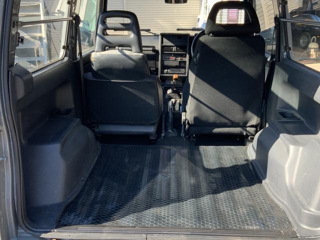 5MT 4WD リフトアップ パノラミックルーフ 16AW(17枚目)