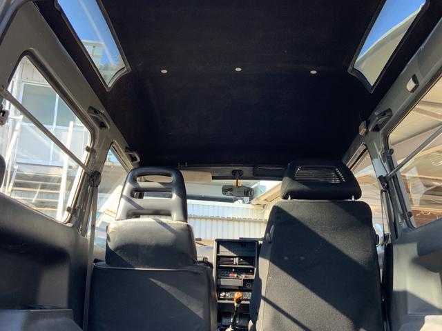 5MT 4WD リフトアップ パノラミックルーフ 16AW(18枚目)
