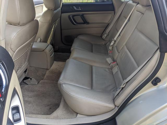 「スバル」「レガシィアウトバック」「SUV・クロカン」「東京都」の中古車18