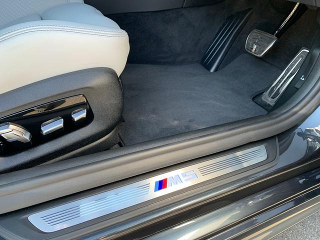 「BMW」「BMW M5」「セダン」「千葉県」の中古車36
