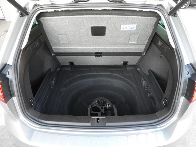 「フォルクスワーゲン」「VW パサートヴァリアント」「ステーションワゴン」「埼玉県」の中古車52
