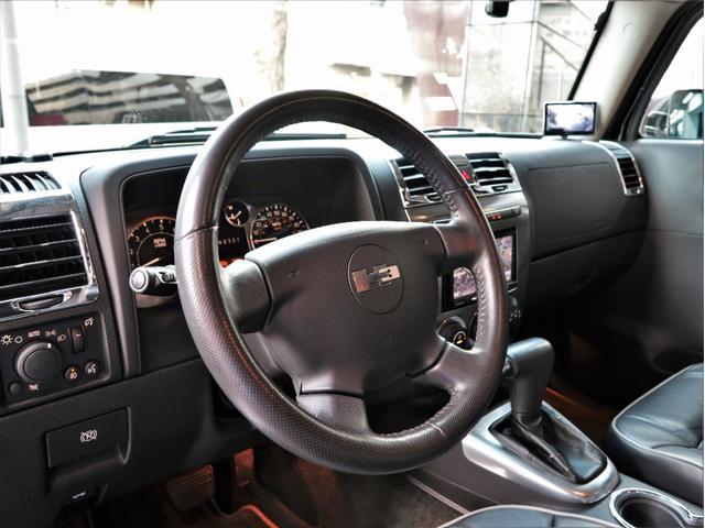 「ハマー」「ハマー H3」「SUV・クロカン」「東京都」の中古車32