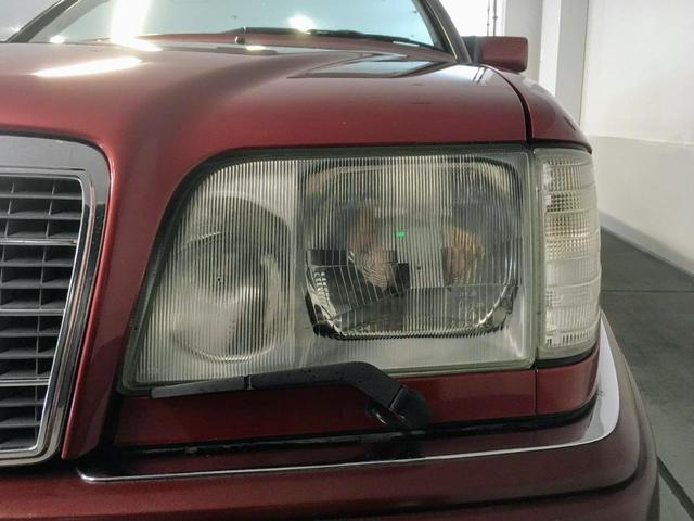 【Production】製造期間1985-1993年& 【Model】A124-E320カブリオレ