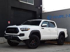 タコマダブルキャブ TRDプロ 4WD 2018年モデル TSS