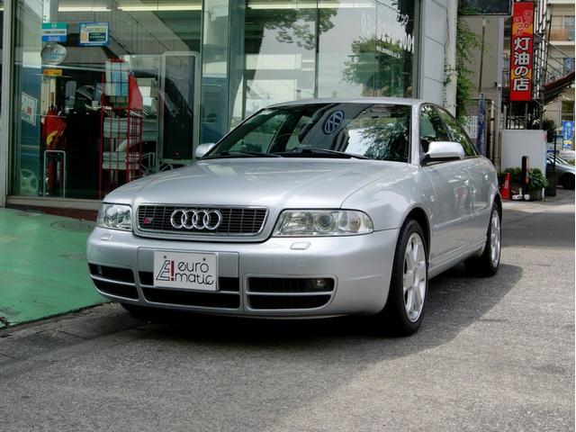 アウディ 2,7Tクワトロ 00年モデル D車 6MT 左H 黒革