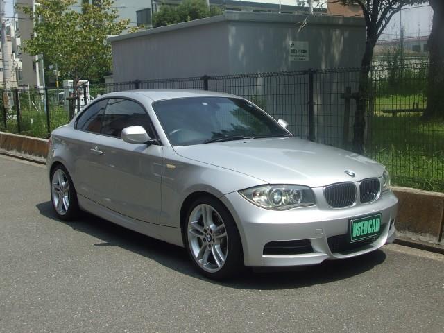 BMW 135iMスポーツ 黒革パワーシート シートヒーターナビ