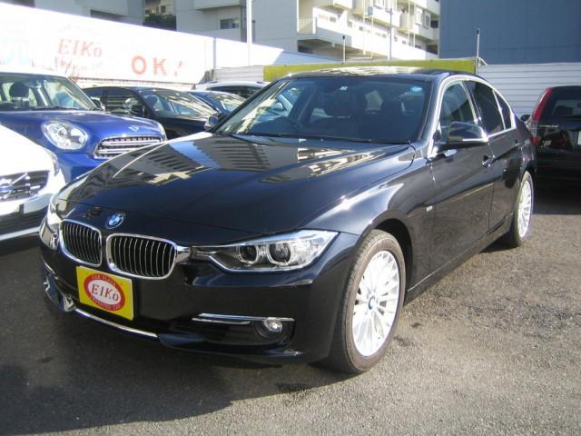 BMW 320iラグジュアリー 黒革シート 純正ナビ バックカメラ