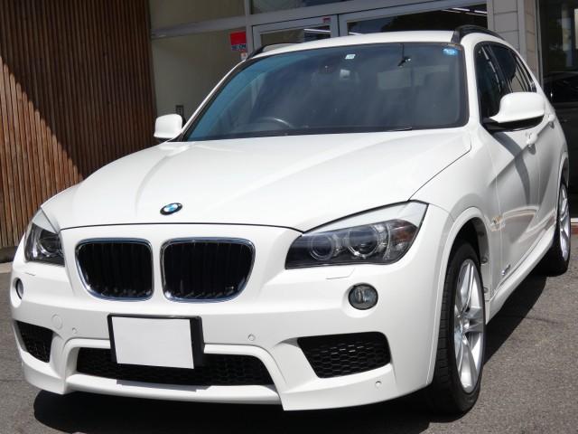 BMW sDrive 18i Mスポーツ パーキングサポートパッケージ バックカメラ IドライブHDDナビゲーション キセノン Mスポーツエアロ 18インチAW 記録簿 取説 スペアキー