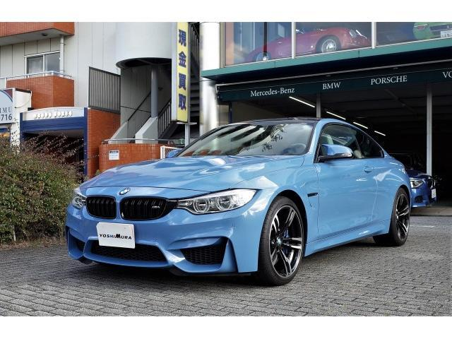 BMW M4クーペ 右ハンドル 6MT