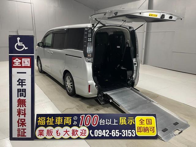 トヨタ  福祉車両・手動スロープ・5人乗り・3列目シート付にて7人乗り登録カノウ・2台積・ワンオーナー・禁煙車・電動ウィンチ・走行54千K・社外SDナビ・TVワンセグ・Bカメラ・ETC・左電動スライドドア