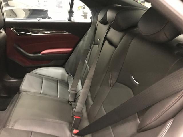 新車未登録車2019モデルブラック/モレロレッド(14枚目)