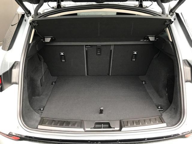 S 認定中古車 サラウンドカメラ 衝突被害軽減ブレーキ アダプティブクルーズ 禁煙車 LEDヘッドライト パワーバックドア パワーシート シートヒーター フル液晶メーター レーンキープアシスト(10枚目)