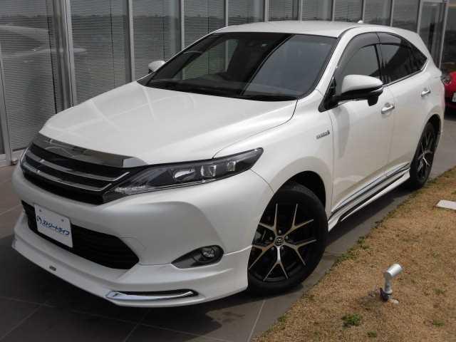 トヨタ PREMIUM Style ASH 4WD HV