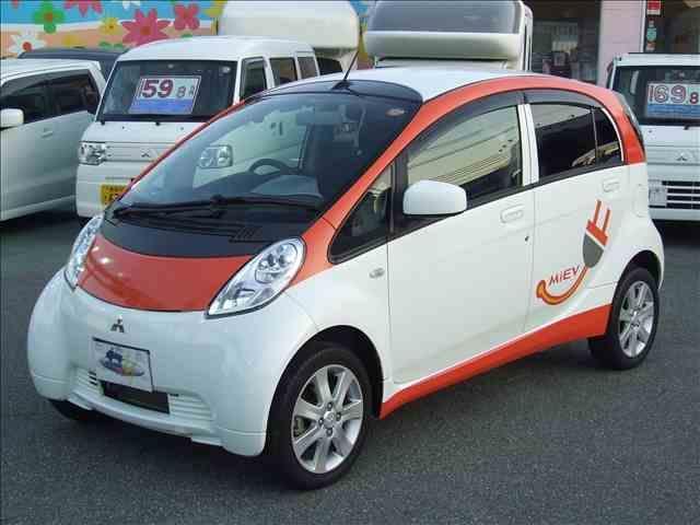 三菱 G 急速充電・左右シートヒーター・