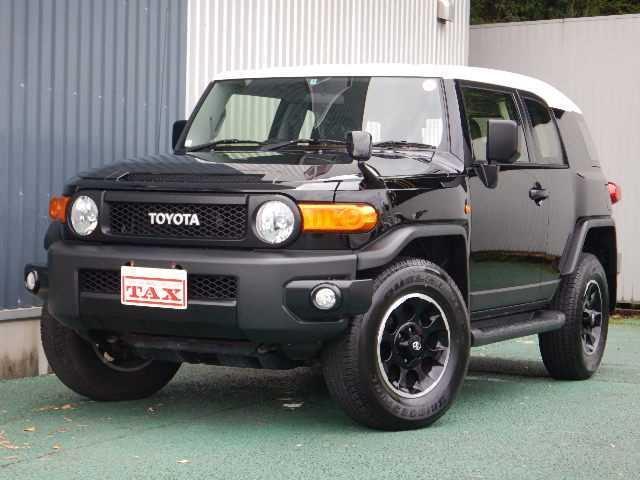 トヨタ ブラックカラ-パッケージ 4WD