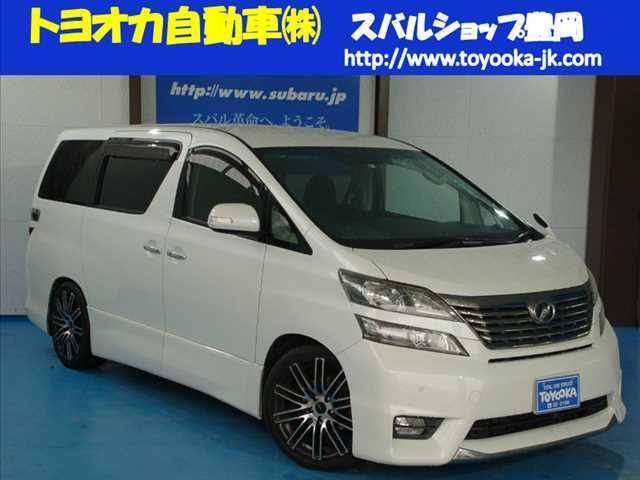 トヨタ 3.5 Z 8人 6AT 4WD
