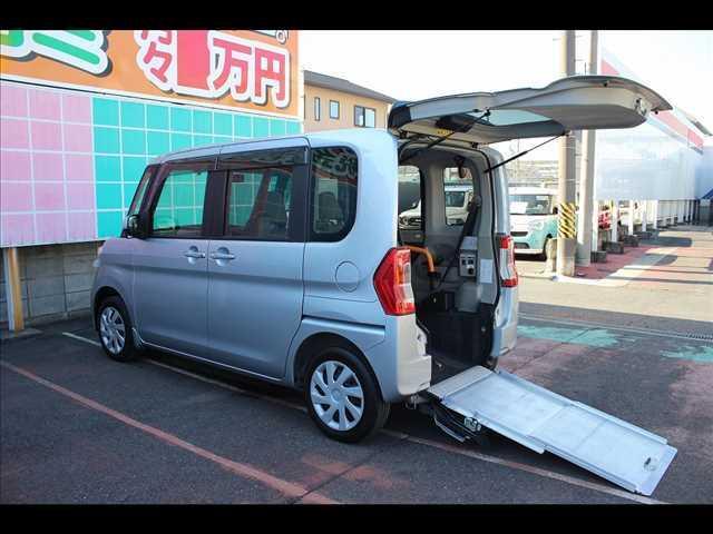 ダイハツ X SA スロープ車 非課税 後席シート非装着車