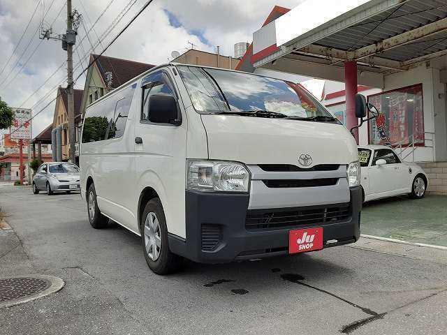 沖縄県の中古車ならハイエースバン DX 9人乗り ディーゼル車