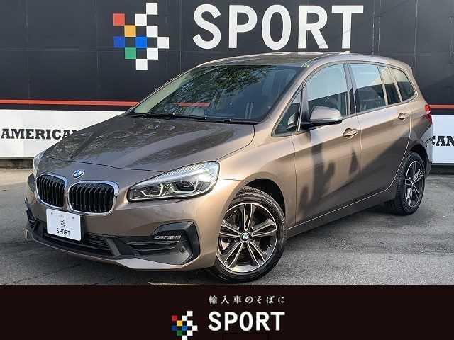 BMW 218dグランツアラー スポーツ アクティブクルーズコントロール インテリジェントセーフティ ヘッドアップディスプレイ 純正HDDナビ バックカメラ ハーフレザー シートヒーター 3列シート LED コンフォートアクセス ETC AW