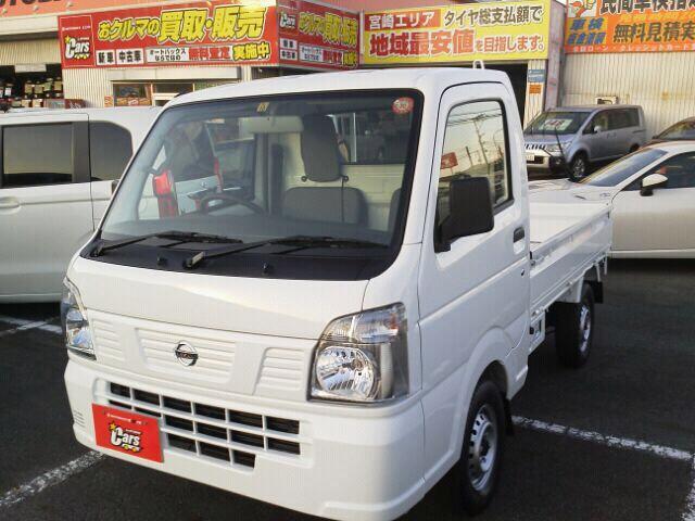 日産 DX マニュアル車 エアコン 4WD