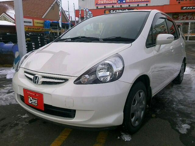 ホンダ 1300 1.3A 5ドア FCVT 2WD 5人