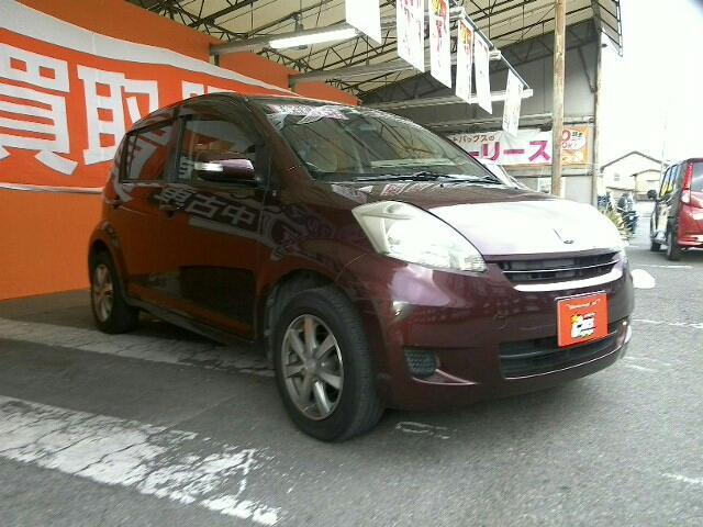 トヨタ 1000 X Fパッケージ 5ドア 4CAT 2WD 5人