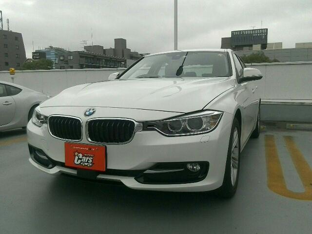BMW 2000 320d スポーツ 右ハンドル 4ドア 8FAT 2W